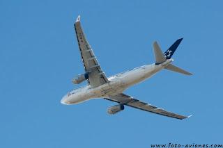 Airbus A330 / B-6093