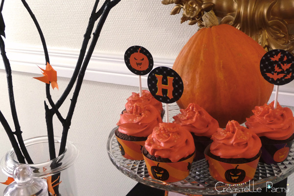 halloween sweet table - cupcakes