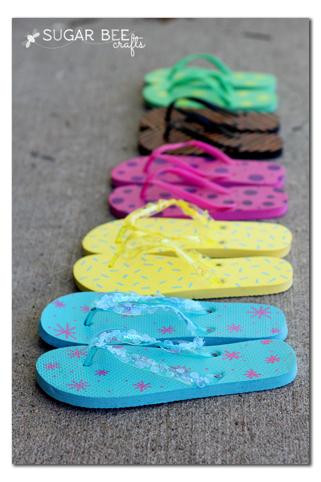 custom+flip+flops+with+Painters+paint+markers.png