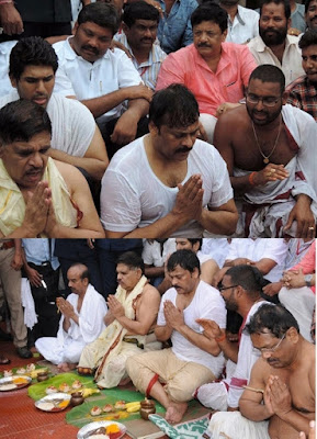 Mega Star Chiranjeevi -Allu Aravind Completed Holy bath in Pushkara water at Rajahmundry Godavari  Chiranjeevi Took Holy Dip in Godavari Pushkaralu,Chiranjeevi Mega Holy Dip At Rajahmundry Godavari Pushkaralu,Chiranjeevi completed Holy dip in Rajahmundry Godavari Pushkaralu ,Mega Family took his holy bath in Godavari water,Telugucinemas.in