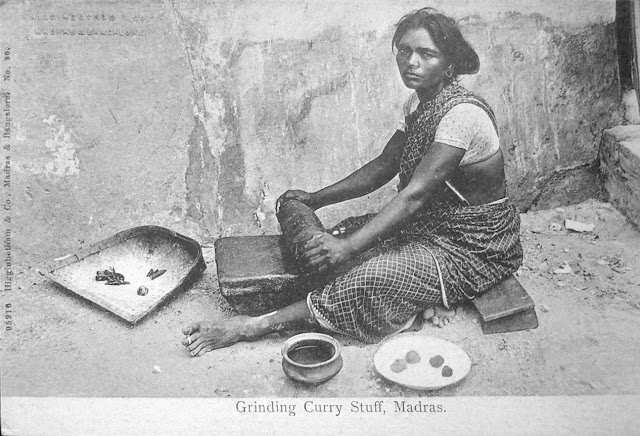 Woman-Grinding-Curry-Stuff---Madras-%2528Chennai%2529