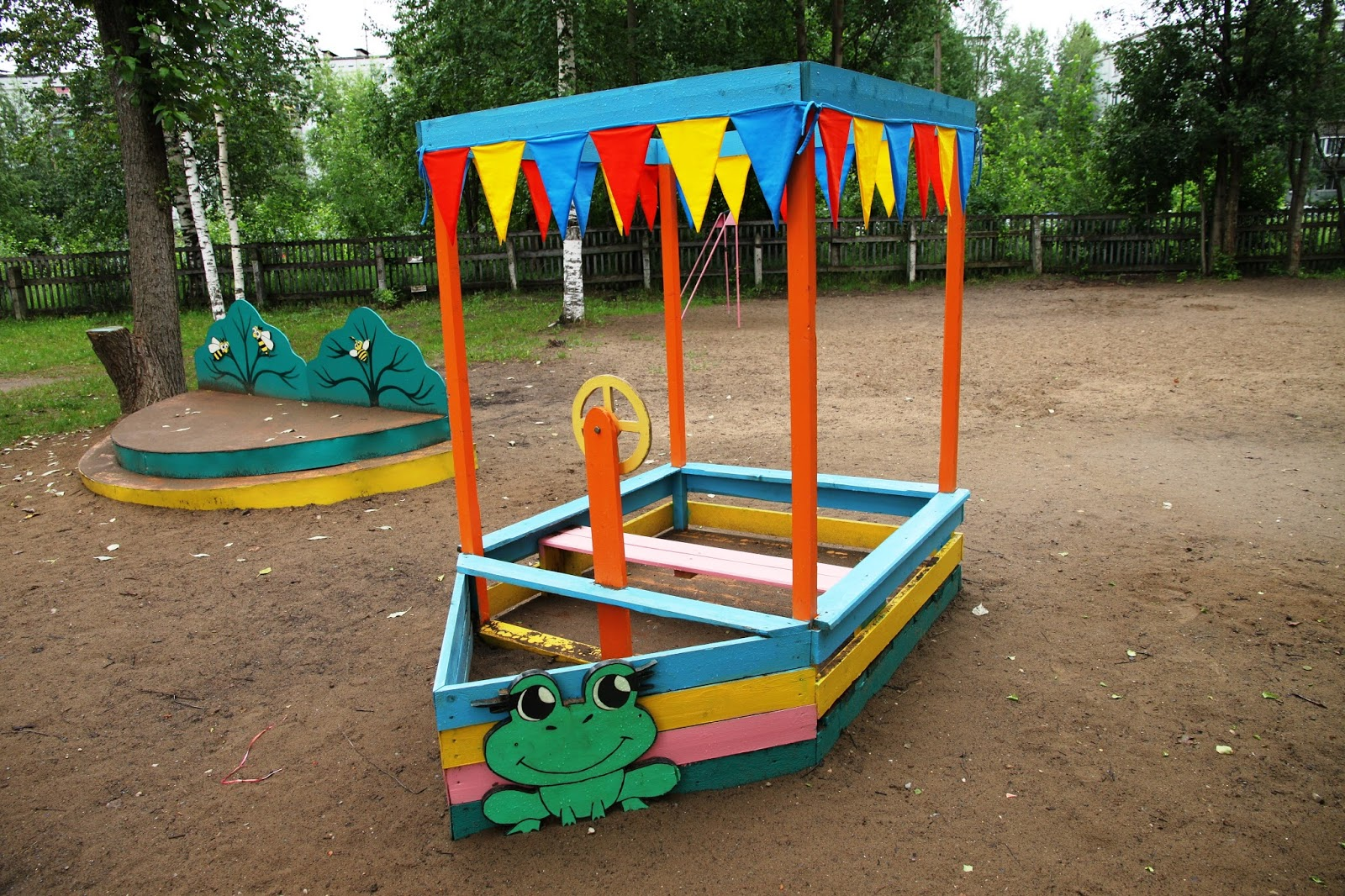 Площадка детского сада своими руками фото
