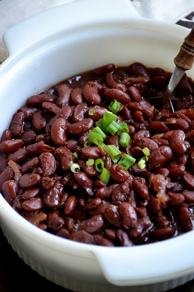 Bakeaholic Mama: Slow Cooker Sam Adams Boston Baked Beans