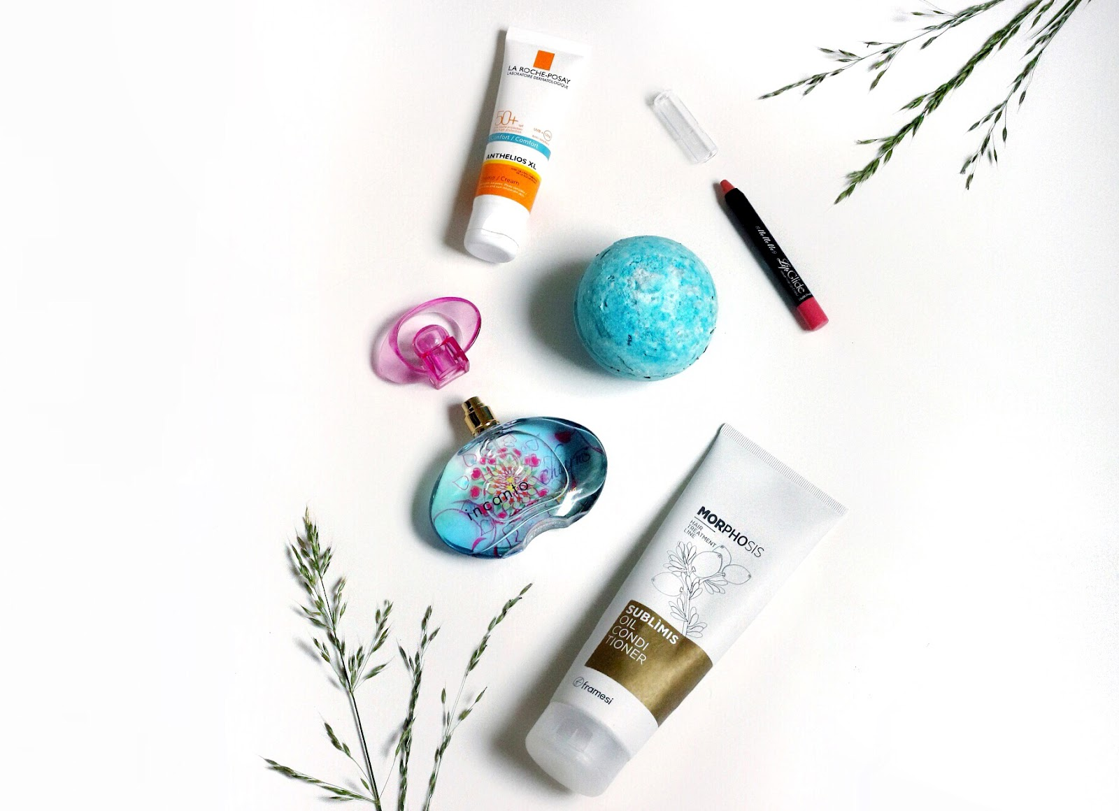 makeup favourites, beauty favourites, lifestyle favourites, parabens free conditioner, perfume, salvatore ferragamo, lush, lush bath bombs, mememe, mememe cosmetics, la roche posay, sunscreen, spf 50 sunscreen, anasofiachic, makeup blogger, fashion blogger, lifestyle blogger, british blogger