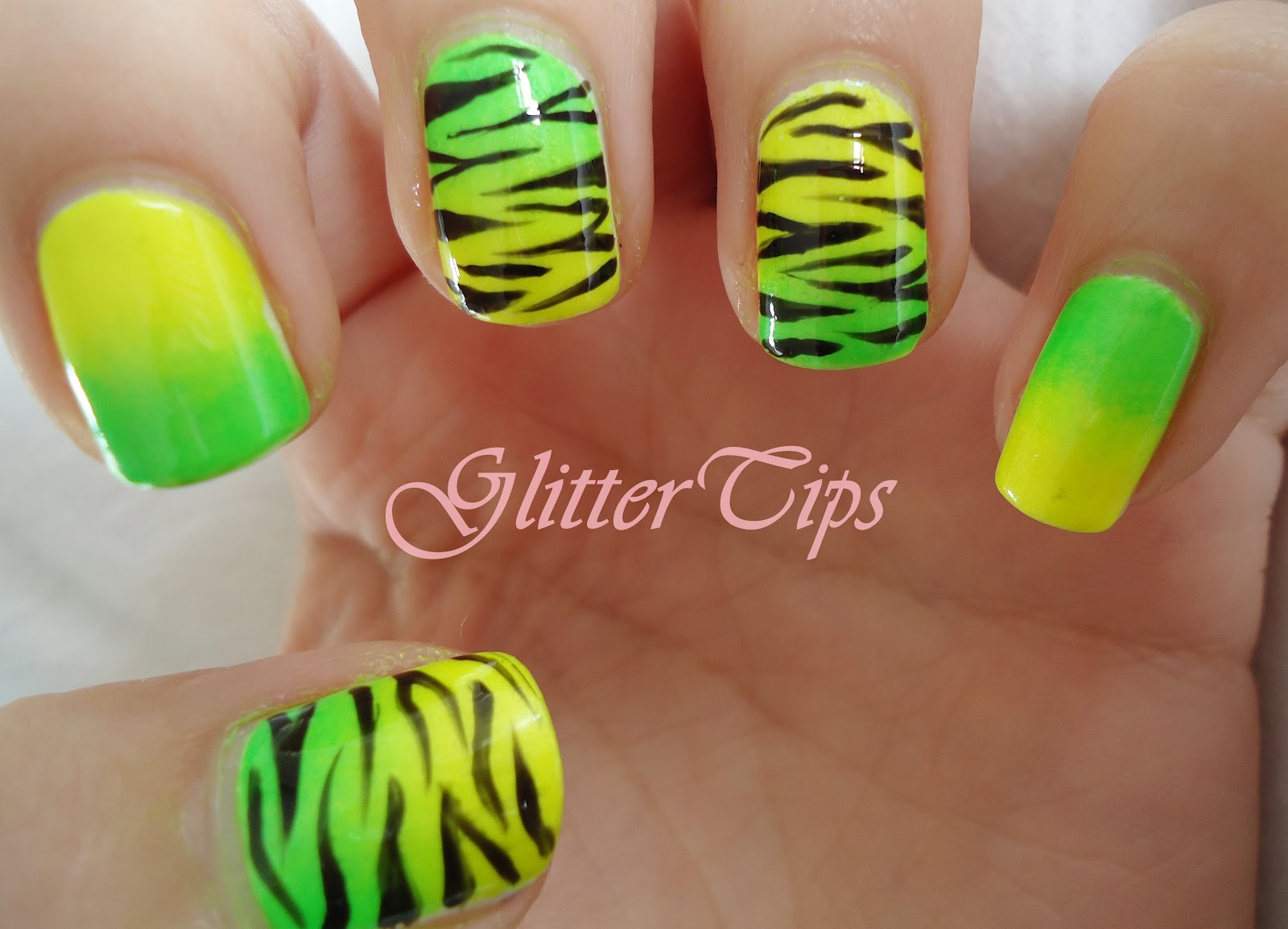 Glitter Tips: Makeup Savvy 15 Day Nail Challenge - Day 1 - Bright