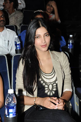 Shruti Hassan launches videocon mobile