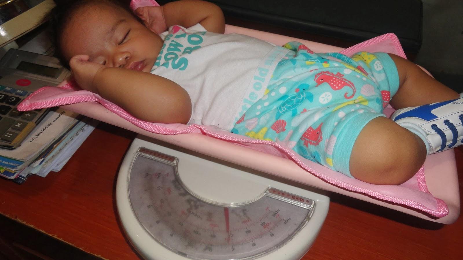 weighing baby.katzlifechapters