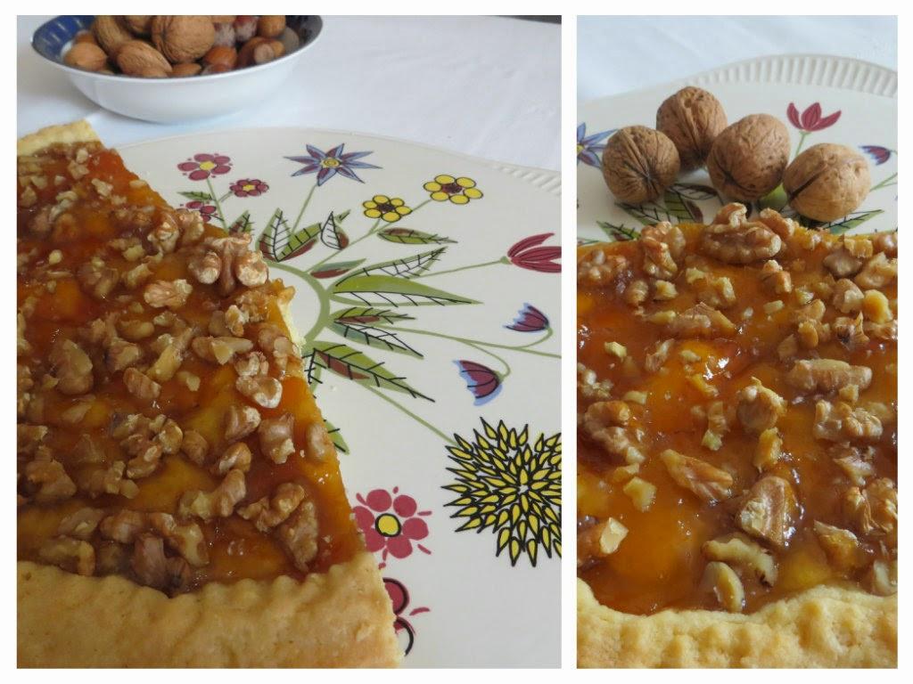 crostata di marmellata e noci