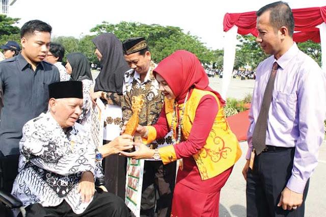 Bunda PAUD Bontang Raih Kaltim Education Award
