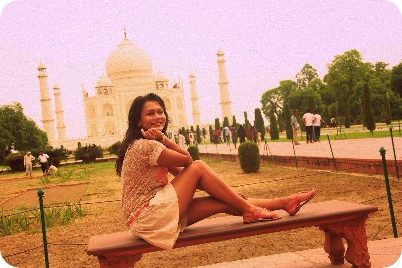 Narmada Ravihansi Abeywardena legs