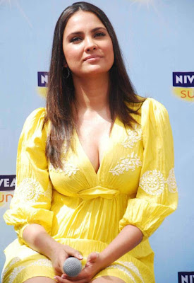 Lara dutta hot and sexy