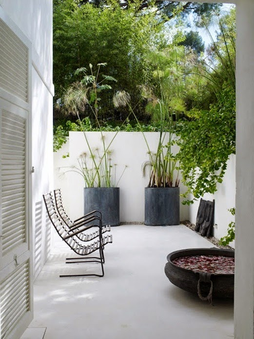 Vosgesparis inspiration for your garden outdoor living for Casas minimalistas con jardin