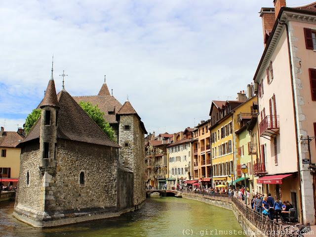 Haute Savoie, Rhônes Alpes, Lake Annecy, Canal, River