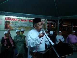Cikgu Mohd Azmi Abdul Hamid (Presiden TERAS)