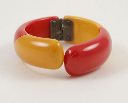 Red and mustard graphic Bakelite bracelet c.1930s