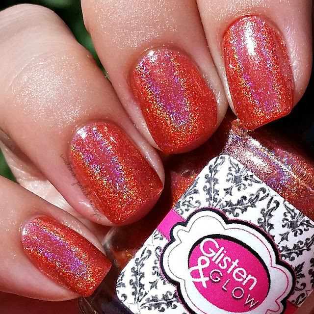 swatcher, polish-ranger | Glisten & Glow Tequila Sunrise in the sun