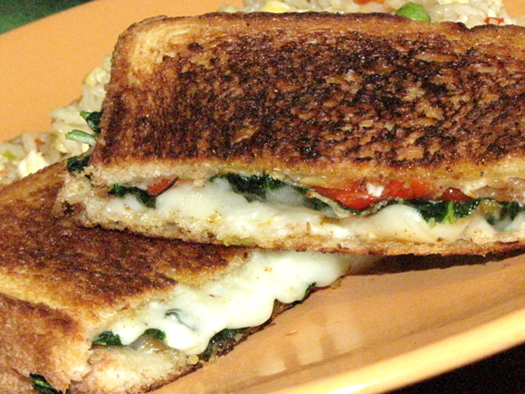 ... Up Grilled Cheese: Red Pepper, Onion and Spinach with Spicy Garlic