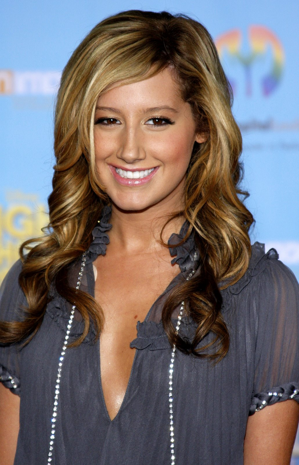 Latest Hairstyles, Long Hairstyle 2011, Hairstyle 2011, New Long Hairstyle 2011, Celebrity Long Hairstyles 2127