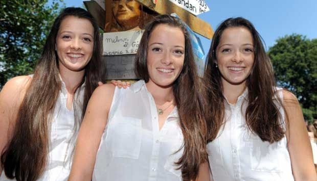 Wow.. kembar tiga bro...