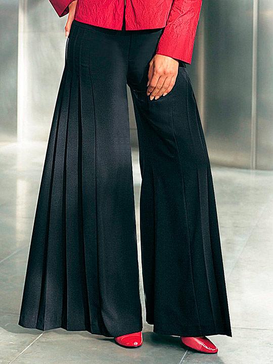 Юбка-брюки сочетает в себе широкую юбку и брюки, в результате чего вы получите очень практичный предмет гардероба