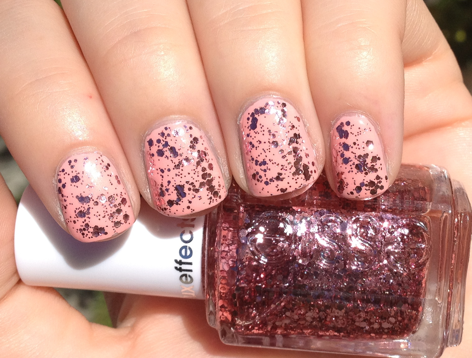 Shelby\'s Swatches: Essie A Cut Above & Van D\'Go