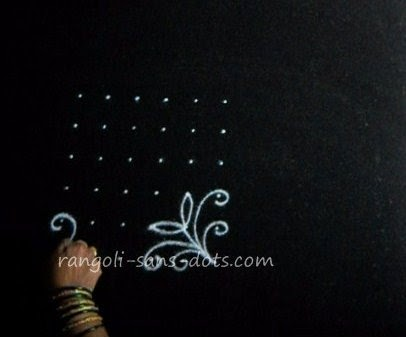 rose-kolam-step-1.jpg