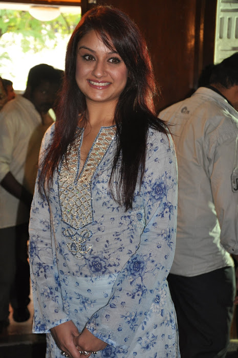 sonia agarwal new photo gallery