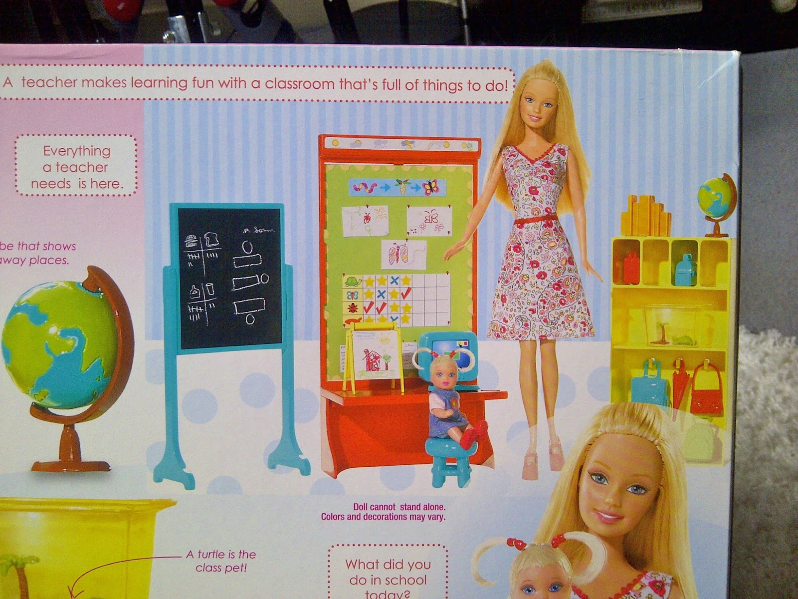 NEW Barbie TEACHER CLASSROOM ACCESSORIES,BOARD STUDENT DESK