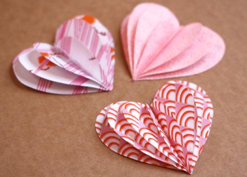 Красивое сердце из бумаги
