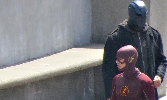 The Flash - Season 2 - Set Photos *Updated*