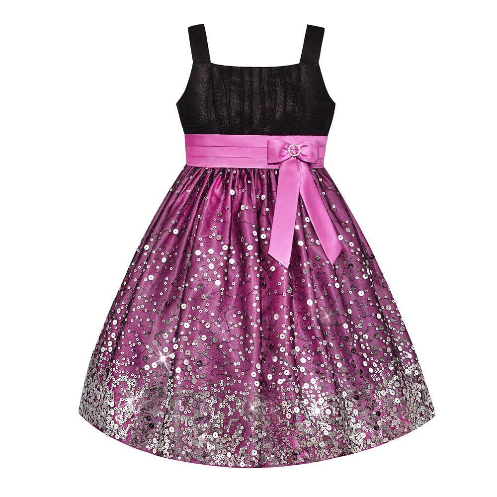 esse é um vestido de camurça preta nos peitos e de cetim rosa pink o