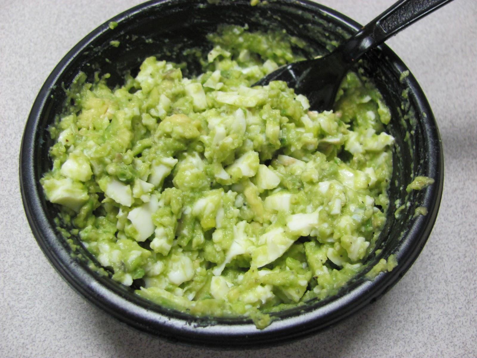Liz's Livelihood: Avocado Egg Salad