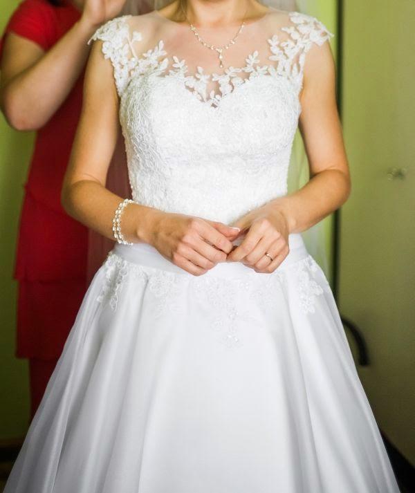 Suknie ślubne Vestido Suknia ślubna Z Zabudowaną Górą