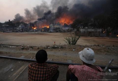 မိတၳီလာၿမိဳ႕ ရုန္းရင္းဆန္ခတ္မႈေၾကာင့္ ၅ ဦး ေသဆုံးေၾကာင္း အစုိးရ ေၾကညာ – Death toll raises to 5 in violence in Meik Htila Town: official