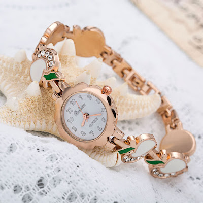 zeeshan news beautiful and stylish watches for girls