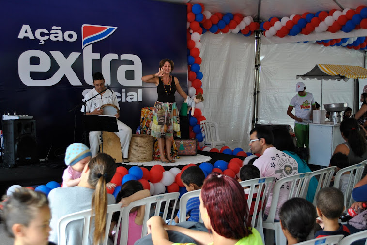Contação de Historias no evento do extra com a record
