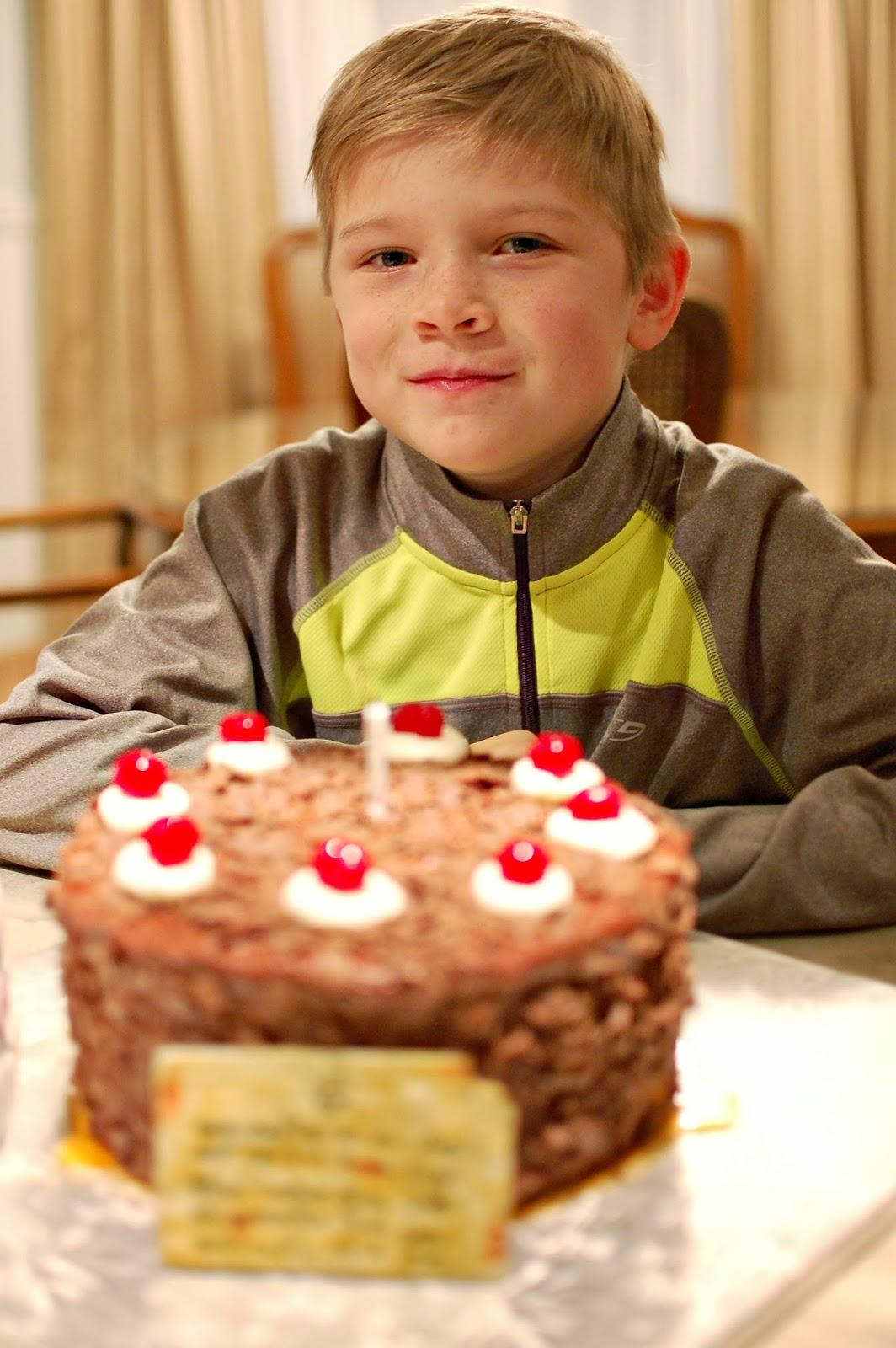 CAKE HAPPENS: Portal Cake...and a photo shoot. :)