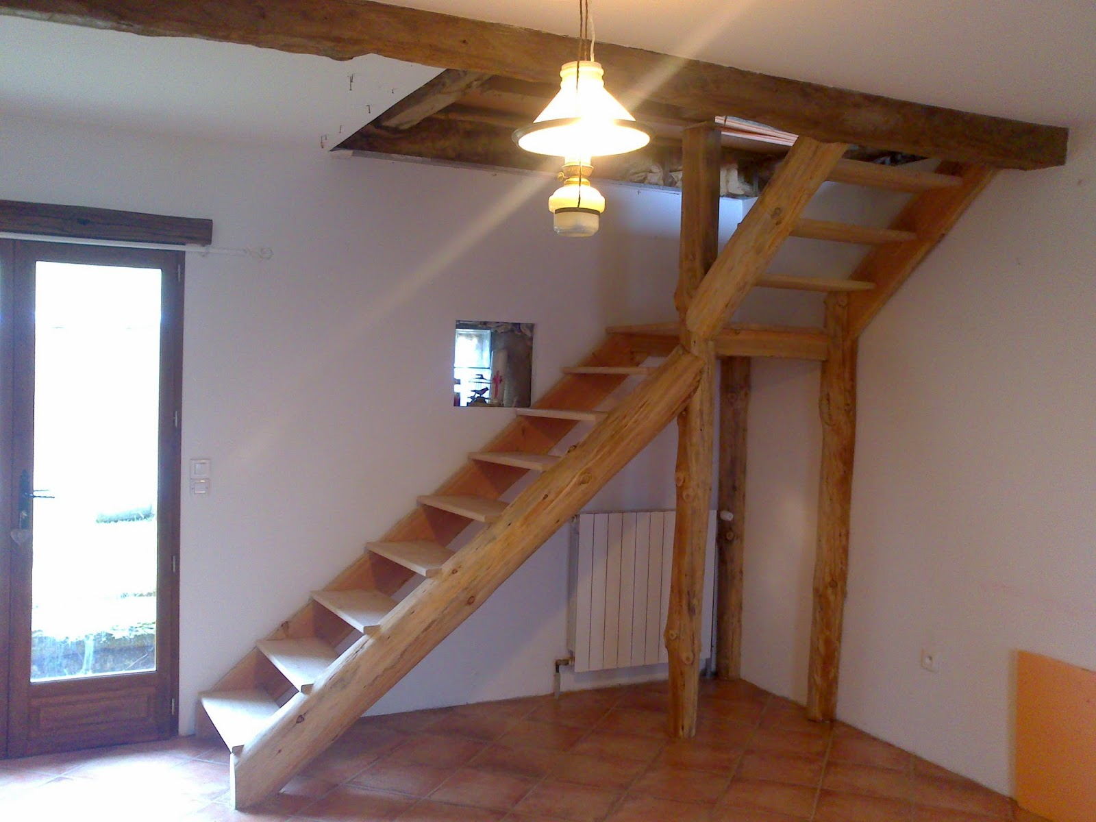R alisations rondins pyr n es constructions en fuste for Rondin de bois pour escalier exterieur