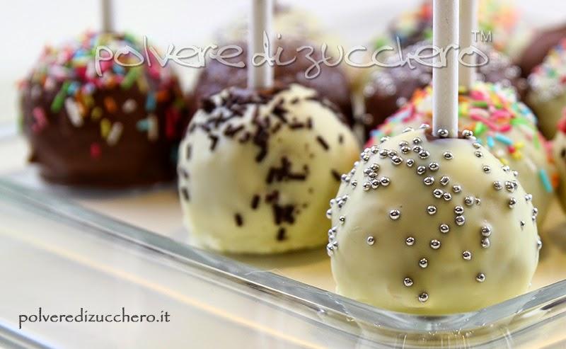 rabbids lapens torta decorata pasta di zucchero torta e dolcetti cake pops cupcake