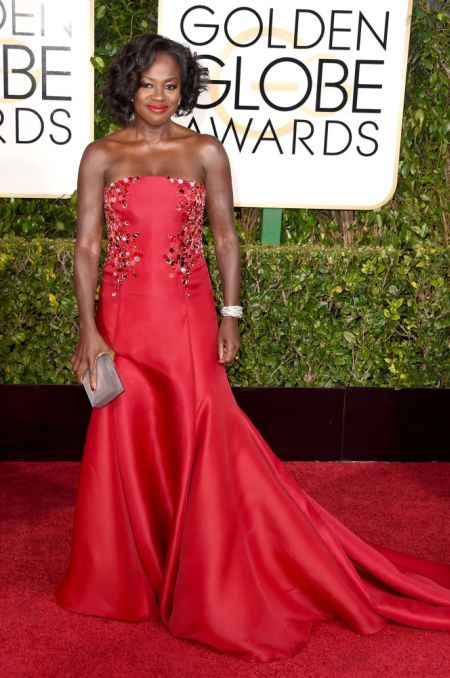 Viola Davis in a pretty Donna Karan Atelier dress at the Golden Globes 2015
