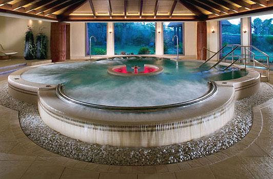 Hidrorumipal piscinas jacuzzi for Jacuzzi para interior