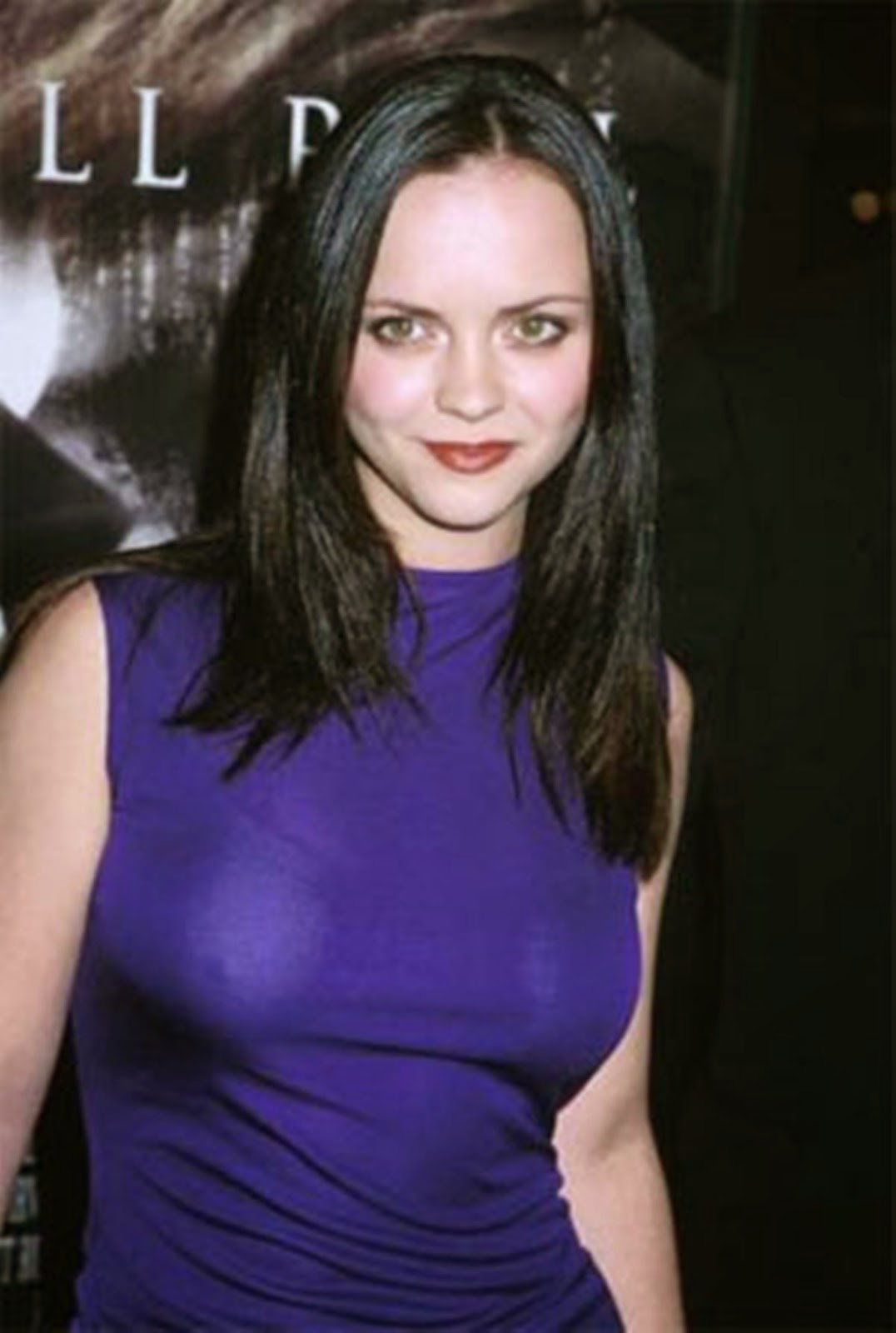 Take A Look To Christina Ricci Measurements Height