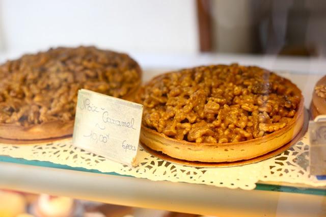 Caramel Walnut Tart Recipe — Dishmaps