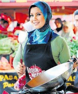 rancangan masakan bulan ramadhan tv1, sheila rusly hos ketuk-ketuk ramadhan, artis undangan memasak dalam Ketuk-Ketuk Ramadhan