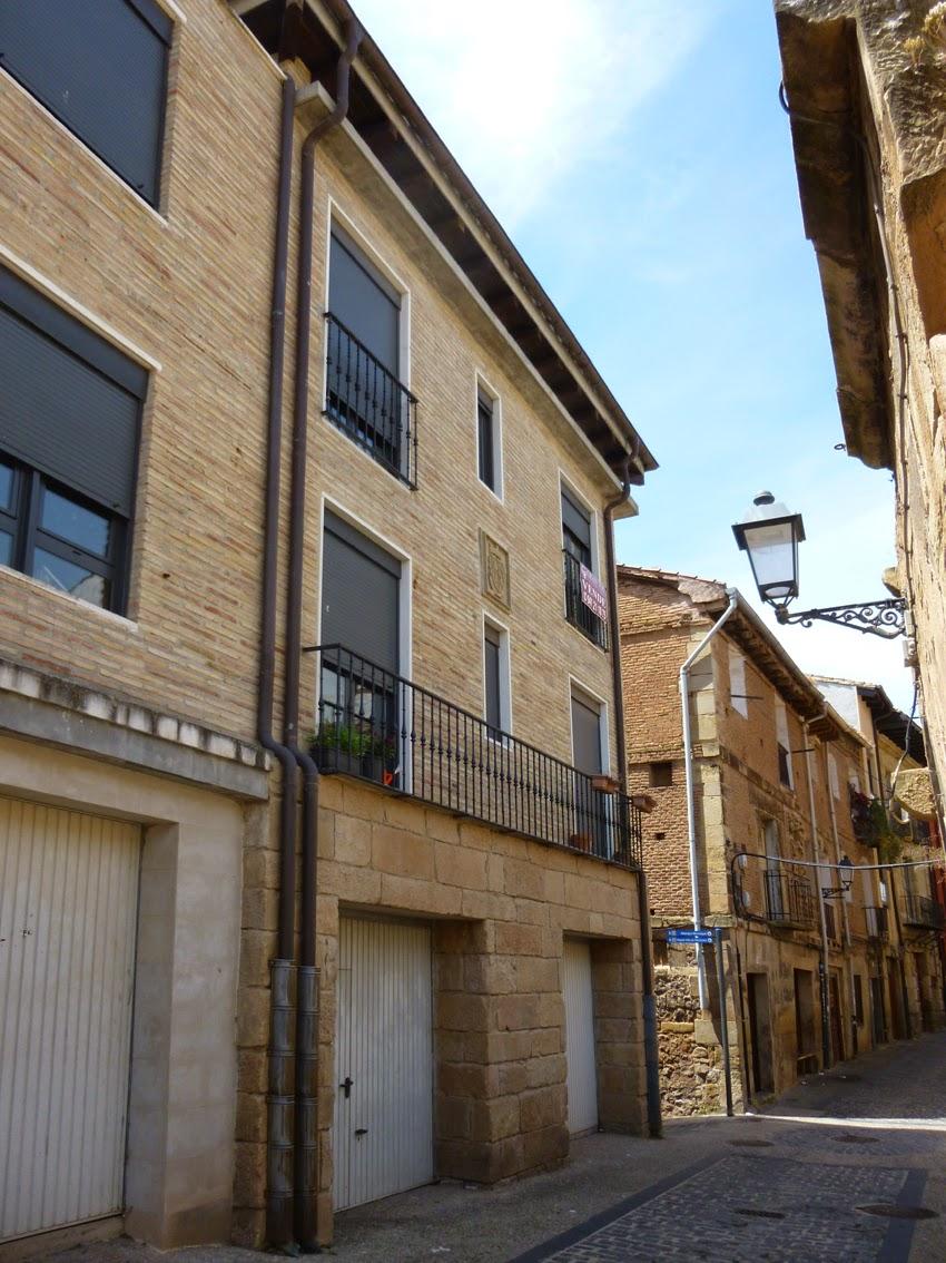 Casas solariegas en la rioja 236 navarrete vi calle for Banco popular bilbao oficinas