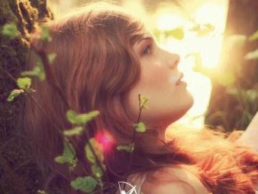 Resenha #156 - Amaldiçoadas - Jessica Spotswood - Arqueiro