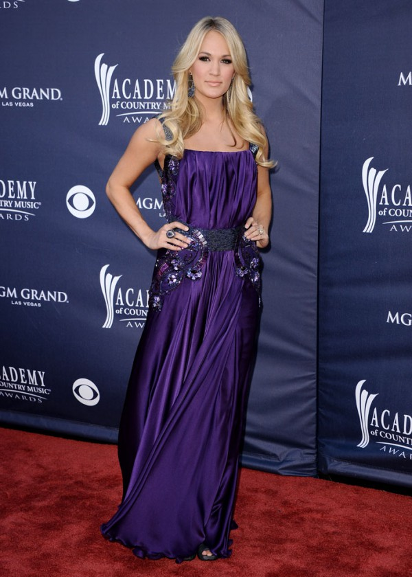 Carrie Underwood 2011 Country Music Awards-6