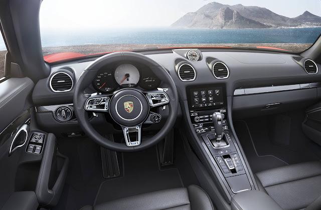 Porsche 718 Boxster - interior