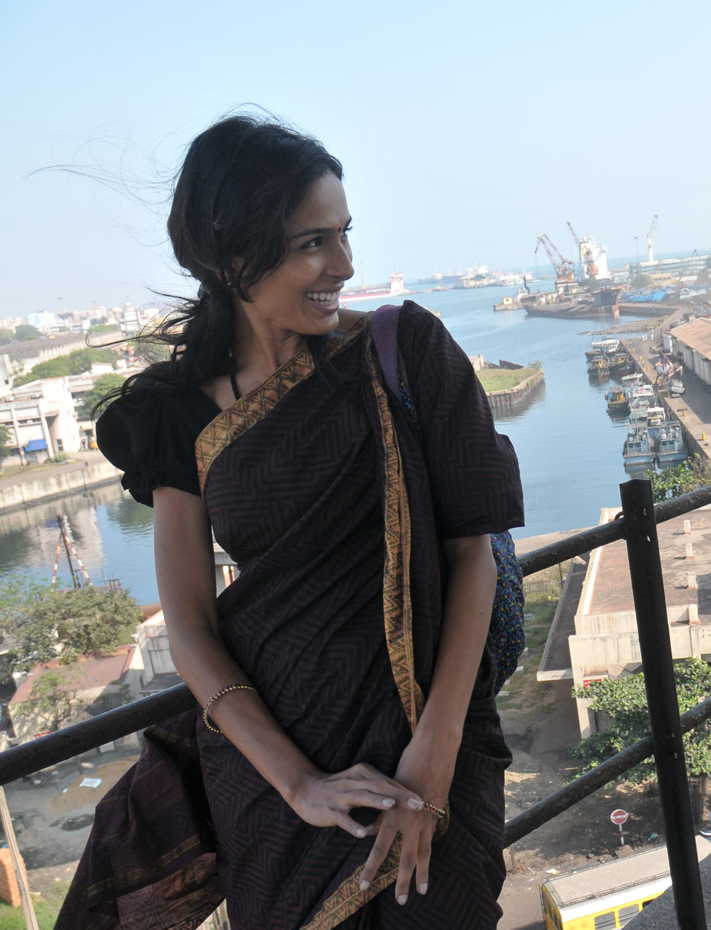 SAJAA MOVIES: Watch Aaranya Kaandam Movie Online - 2011