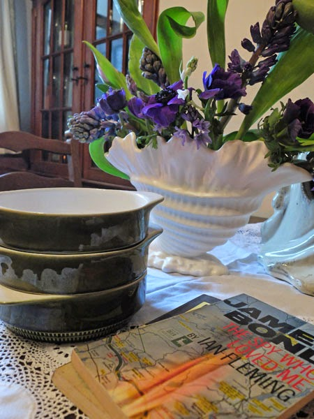 Vintage book, vase and crime novels